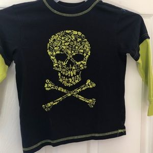 Highland Outfitters kids top. Skull Size 5:6